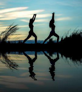 Yoga i ett fjärran land? Javisst!